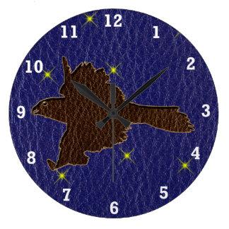 レザールックのネイティブアメリカンの(占星術の)十二宮図の《鳥》ハヤブサ ラージ壁時計