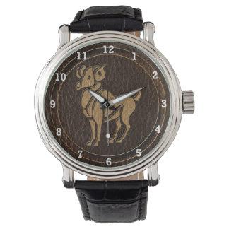 レザールックの牡羊座 腕時計