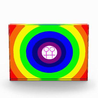 レズビアンの円形の虹の装飾 表彰盾