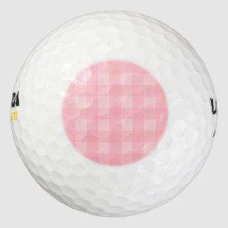 レトロのピンクのギンガムチェック模様のパターン背景 ゴルフボール