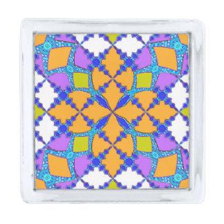 レトロのモダンで幾何学的なオレンジおよび紫色のタイルパターン 銀色 ラペルピン