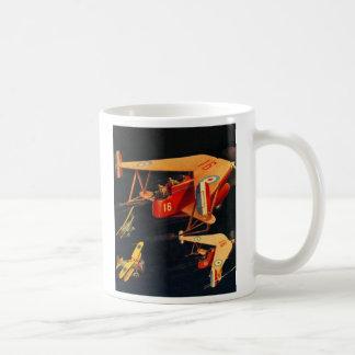 レトロのヴィンテージの低俗なサイファイ30sのパルプの空中戦 コーヒーマグカップ