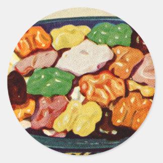 レトロのヴィンテージの低俗な食糧によって砂糖で甘くされるクルミの料理書 ラウンドシール