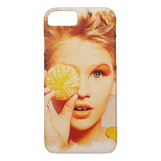 レトロの化粧の美しいの女の子-手のおもしろいなオレンジ iPhone 8/7ケース