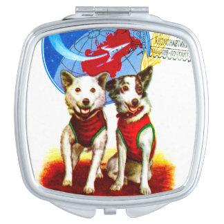 レトロの宇宙時代(ヴィンテージ犬の宇宙飛行士)