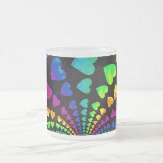 レトロの虹のハート フロストグラスマグカップ