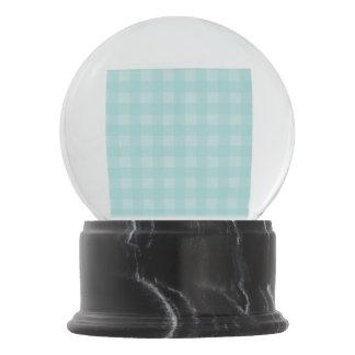 レトロの青いギンガムチェック模様のパターン背景 スノーグローブ