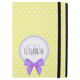 """レトロの黄色い水玉模様の紫色の弓モノグラム iPad PRO 12.9"""" ケース"""