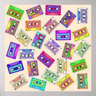 レトロの80年代の90年代のネオンパターン(の模様が)あるなカセットテープ ポスター