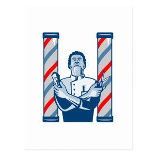 レトロポーランド人の毛のクリッパーおよびはさみを持つ理容師 ポストカード
