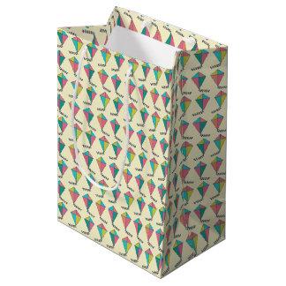 レトロ凧パターン ミディアムペーパーバッグ