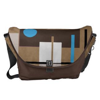 レトロ色の抽象的な定形パターン メッセンジャーバッグ