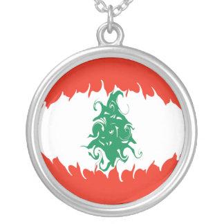 レバノン すごい 旗