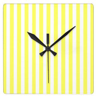 レモネードのモダンのストライプ スクエア壁時計