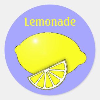レモンおよびくさびが付いているレモネードのステッカー ラウンドシール