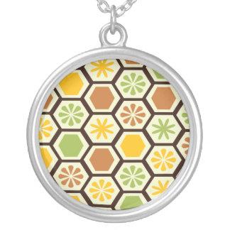 レモンライムのパターン(の模様が)あるなネックレス シルバープレートネックレス