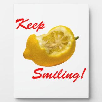 レモン構成は微笑を保ちます! フォトプラーク