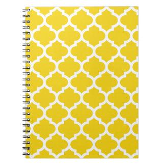 レモン色のクローバー ノートブック