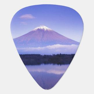 レンズの雲、Motosu湖が付いている富士山、 ギターピック