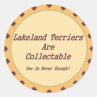 レークランドテリアは収集できます ラウンドシール