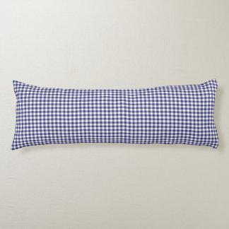 ロイヤルブルーのギンガムパターン抱き枕 ボディピロー