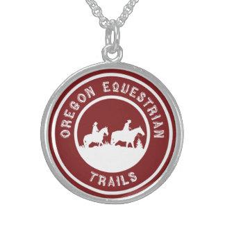 ロゴの純銀製のネックレス スターリングシルバーネックレス