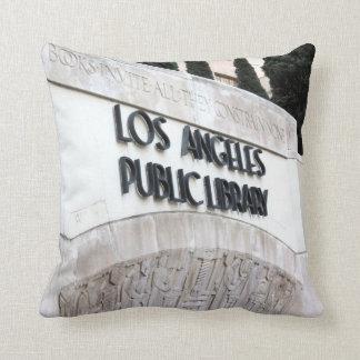 ロサンゼルスの公共図書館の印 クッション