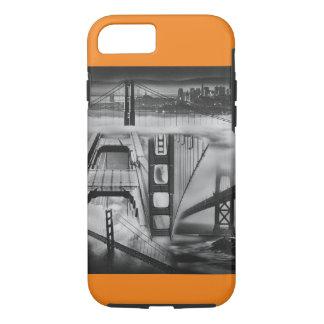 ロシアのなアバンギャルドの刺激を受けたなゴールデンゲートブリッジ iPhone 8/7ケース