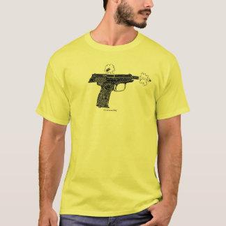 ロシア人のマカロフのピストルグラフィックアートの都市Tシャツ Tシャツ