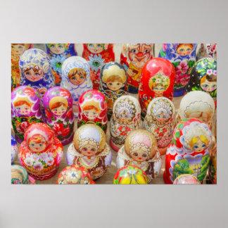 ロシア語は人形に入り込みました ポスター