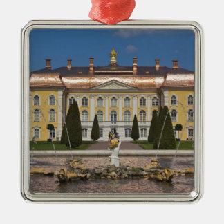 ロシア、セント・ピーターズバーグ、Peterhofの壮大な宮殿3 シルバーカラー正方形オーナメント