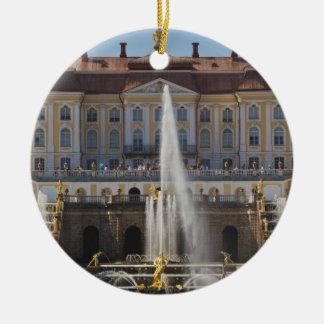 ロシア、セント・ピーターズバーグ、Peterhofの壮大な宮殿4 陶器製丸型オーナメント