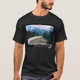ロッキー山脈のカナダ3DのアナグリフのTシャツ Tシャツ