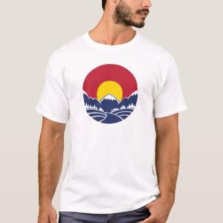 ロッキー山脈の日没のロゴ Tシャツ