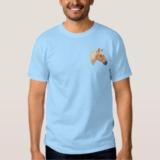 ロッキー山脈の馬 刺繍入りTシャツ