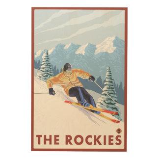 ロッキー山脈- Downhhillの雪のスキーヤー ウッドウォールアート