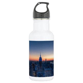 ロックフェラーの中心の上からのニューヨークシティ ウォーターボトル