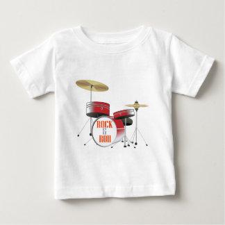 ロックンロールの赤いドラム ベビーTシャツ