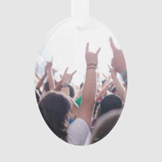 ロック・コンサートの聴衆 オーナメント