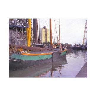 ロッテルダムの歴史的な船、オランダの航行のはしけ キャンバスプリント