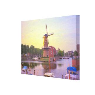ロッテルダム、Schiedamの風車および古い港 キャンバスプリント