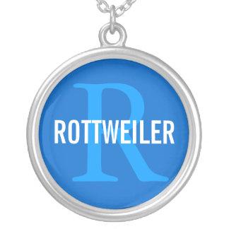 ロットワイラーの品種モノグラムのデザイン シルバープレートネックレス