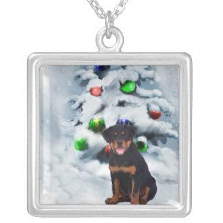 ロットワイラーの子犬のクリスマスのギフト シルバープレートネックレス
