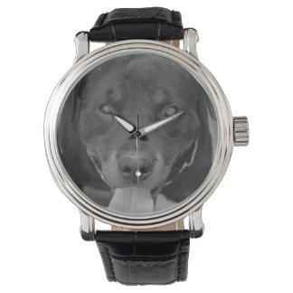 ロットワイラー犬の黒く及び白い腕時計 腕時計