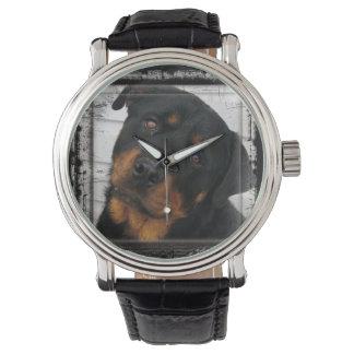 ロットワイラー組み立てられる 腕時計