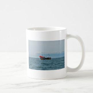 ロブスターのボートアマンダジェーン コーヒーマグカップ