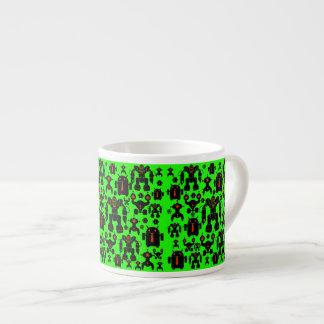 ロボット規則のおもしろいのロボットはライムグリーンのシルエットを描きます エスプレッソカップ