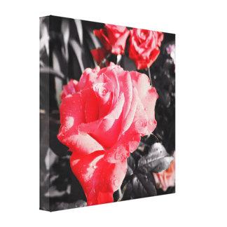 ロマンチックで赤いバラ キャンバスプリント