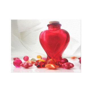 ロマンチックで赤い愛ハートのボトルの写真撮影 キャンバスプリント
