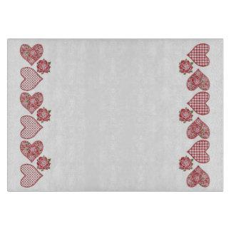 ロマンチックなガラスまな板: ハートおよび赤いバラ カッティングボード